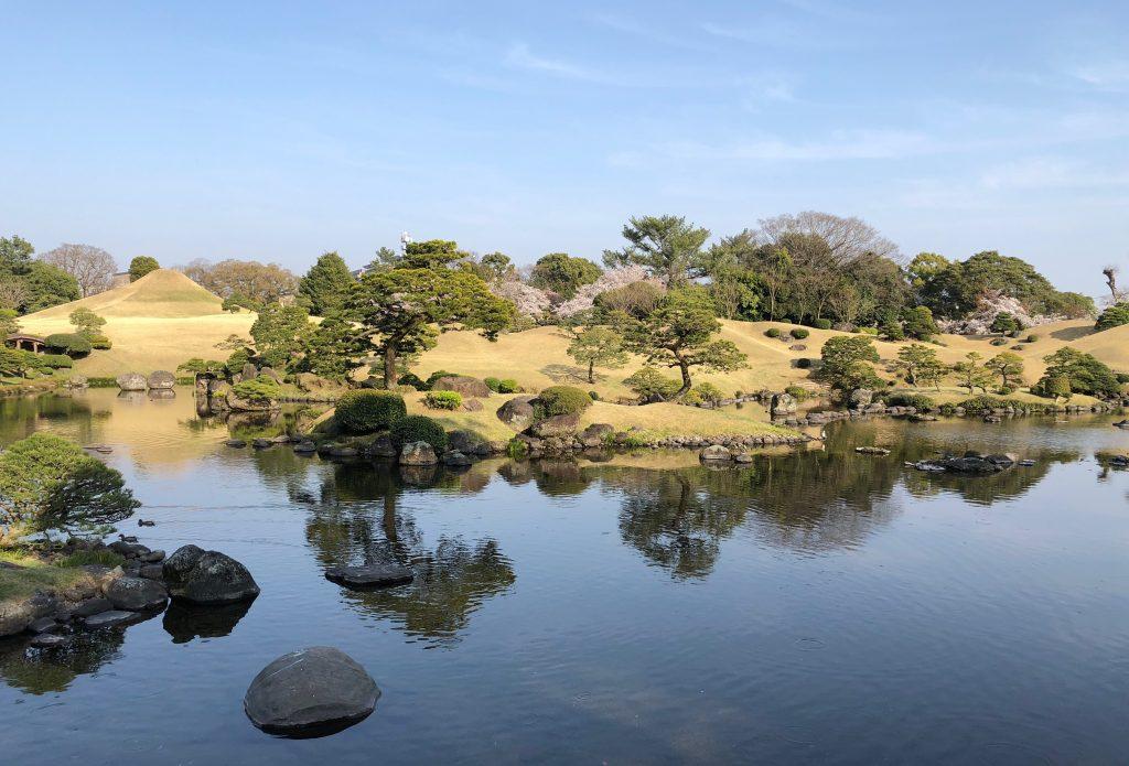 Suizenji garden with view to miniature mt Fuji