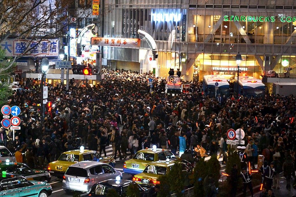 Shibuya Crossing, Tokyo. Photo by Daniel Rubio. CC BY-SA 2.0.