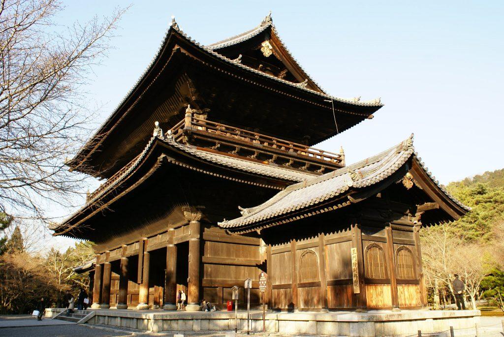 Sanmon gate. Credit: Eric Salard. Licensed under CC BY-SA 2.0.