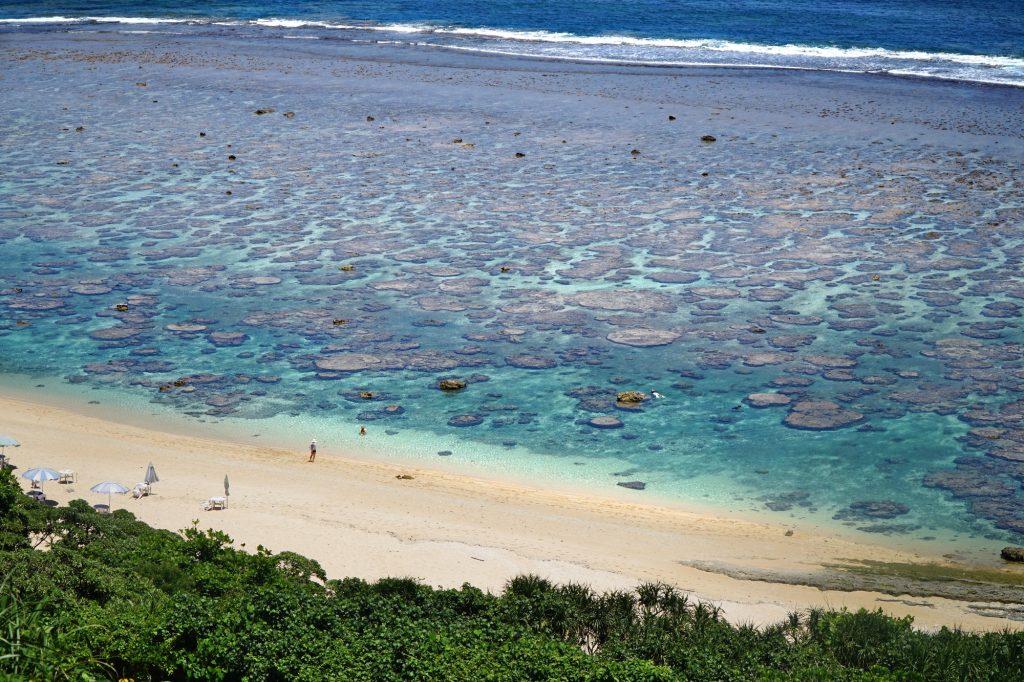 yoshinokaikan beach
