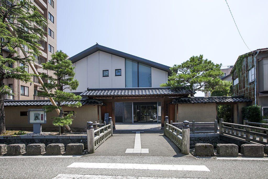 Maeda Tosanokami-ke Shiryokan Museum, Kanazawa. Photo by 金沢市. CC BY 2.1 JP.