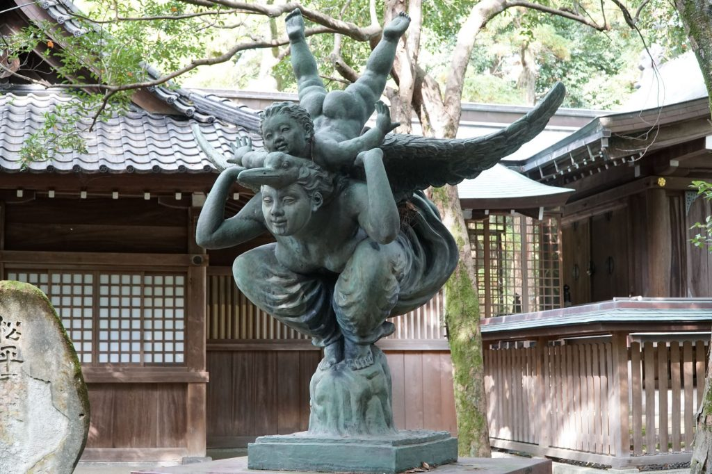Sculpture at Oyama Shrine, Kanazawa © touristinajapan.com.