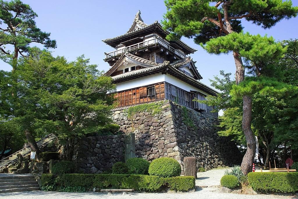 Maruoka Castle, Fukui Prefecture. Photo by Tomio344456. CC BY-SA 4.0.