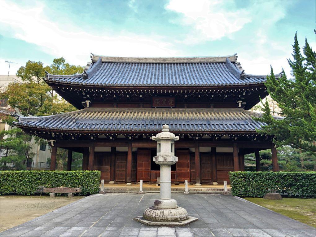 Jotenji Temple, Hakata Old Town, Fukuoka. © touristinjapan.com