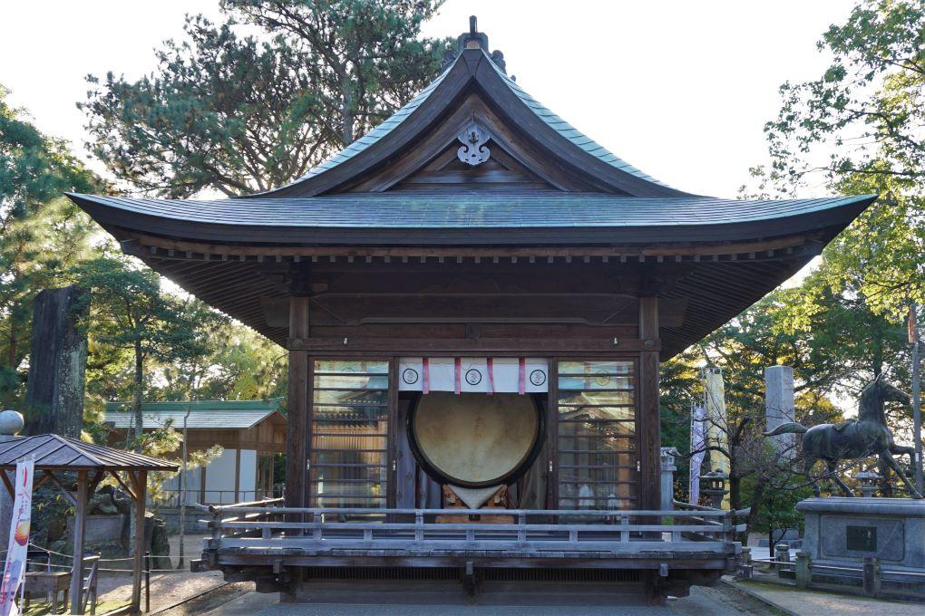 Large Taiko Drum at Miyajidake Shrine, Fukutsu. © touristinjapan.com